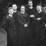 Neoprezbiterzy wyświęceni w 1945 r.